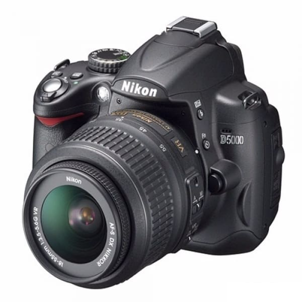 /P/r/Professional-DSLR-Digital-Camera-D5000-2-7-inch-Articulating-LCD-5314798.jpg