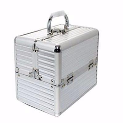 /P/r/Professional-Makeup-Box---Silver-7721004_1.jpg