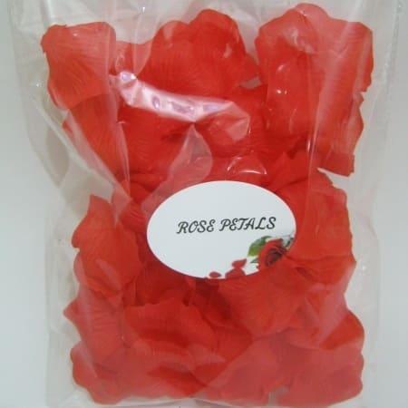 /R/e/Red-Artificial-Rose-Petals-6346186.jpg