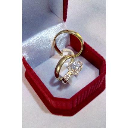 /S/e/Set-Of-Couple-s-Wedding-Engagement-Rings-7670832.jpg