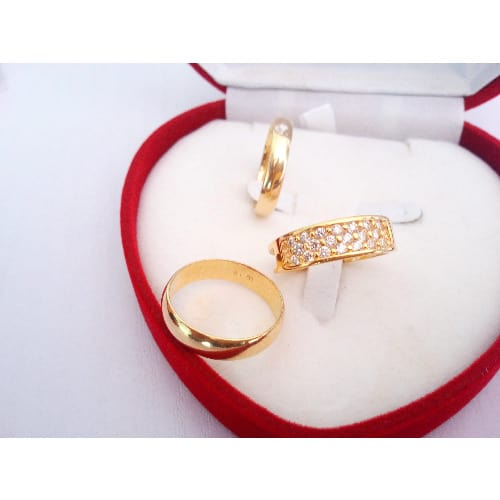/S/e/Set-of-3-Exotic-Romanian-Engagement-Wedding-Ring---004-7303576.jpg