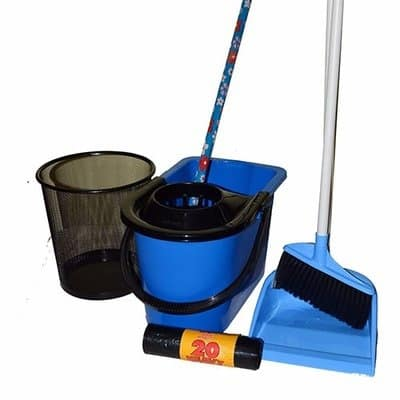 /S/e/Set-of-5-Cleaning-Tools-7162011.jpg