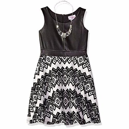 /S/l/Sleeveless-Knit-Tribal-Print-Dress-with-Necklace-7297833.jpg