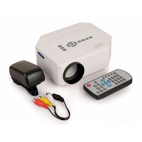 /S/t/Star-tech-Uc30-Mini-Projector-7834069.jpg