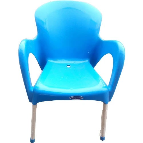 Igwe Iron Legs Plastic Chair