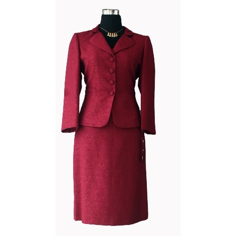 /T/a/Tahari-Burgundy-Novelty-Skirt-Suit-6155941_3.jpg