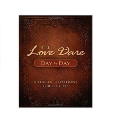 /T/h/The-Love-Dare-Day-by-Day-A-Year-of-Devotions-for-Couples-4096815_2.jpg