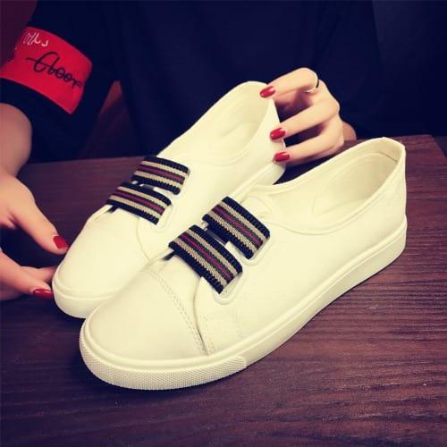 221417ca1c Women Sneakers - White