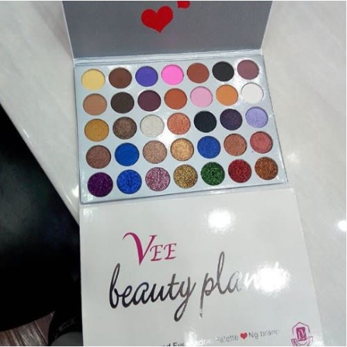 /V/e/Vee-Beauty-Planet-Glitter-and-Eyeshadow-Palette-8071326.jpg