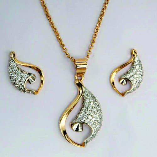 2ca1f4805c Small Dubai Gold Zircon Jewelry Set