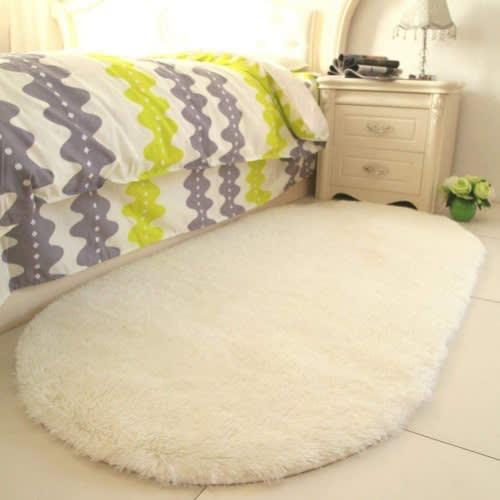 Fluffy Bedroom Carpet - White