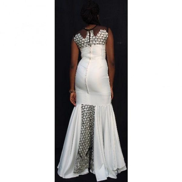 /W/h/White-and-Gray-Wedding-Dress-4970197.jpg