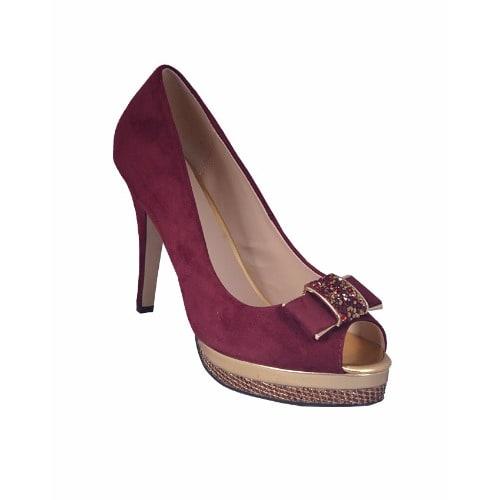 brand new e9ab1 66a4b Women Court Shoe - Red
