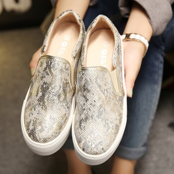 /W/o/Women-s-Slip-On-Gold-Round-Toe-Loafers-6263244_1.jpg